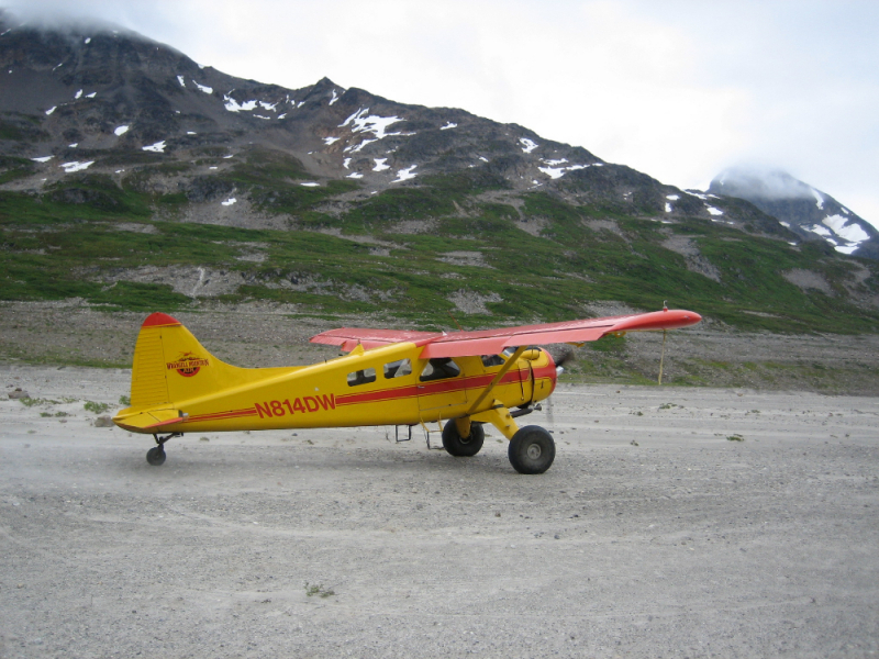Bush plane at Iceberg Lake