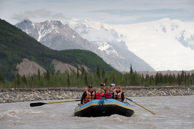 Rafting Kennicott River