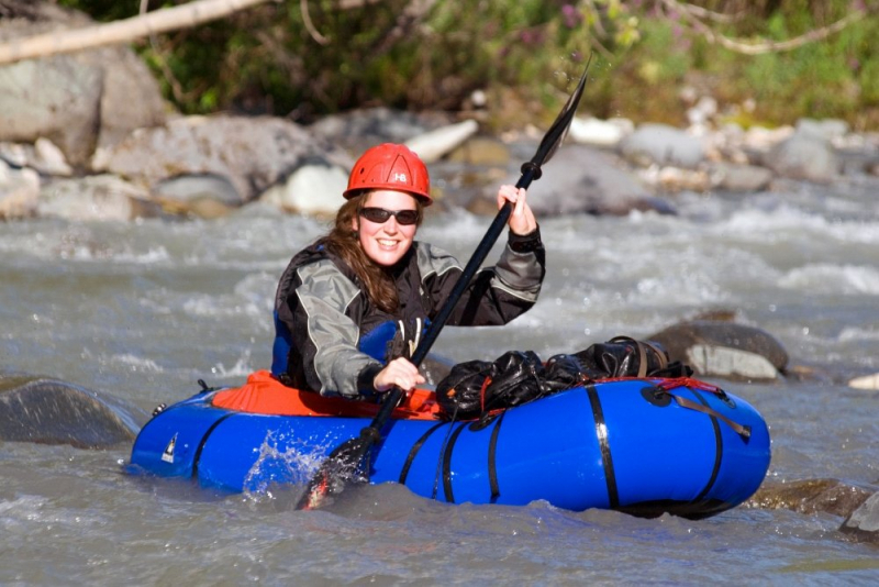 Splashy rafting alaska river