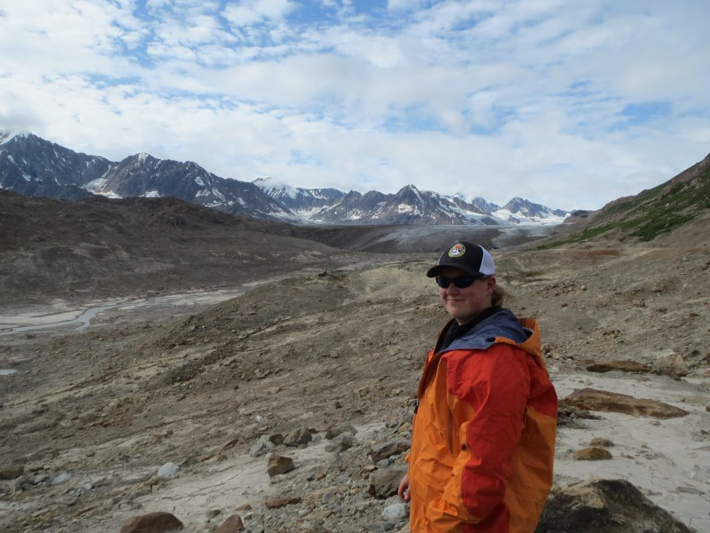 alaska guide with mountains